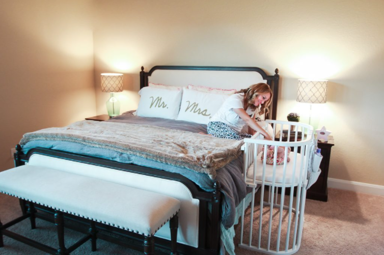 New Moms Can Get More Sleep with the babybay Bassinet